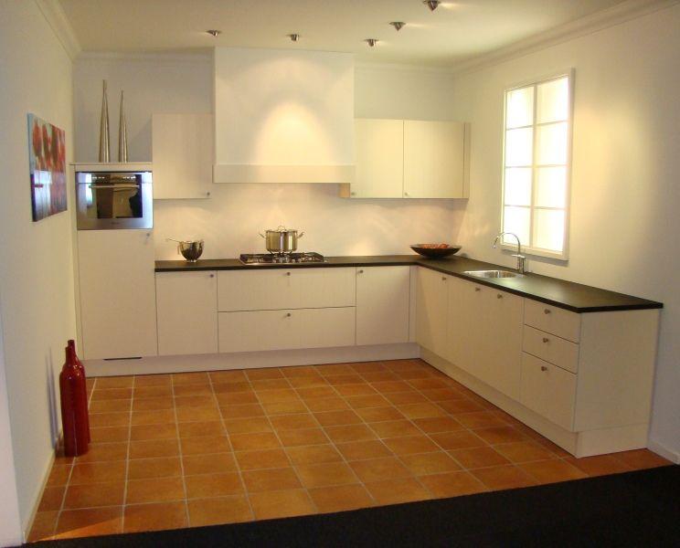 Rechte keuken magnoliawit ~ consenza for .