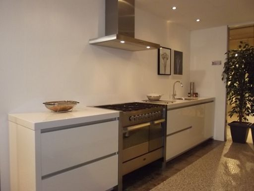 Keuken Recht 4 Meter : /rechte-keuken-witte-keuken.jpg. Home! Pinterest Vans