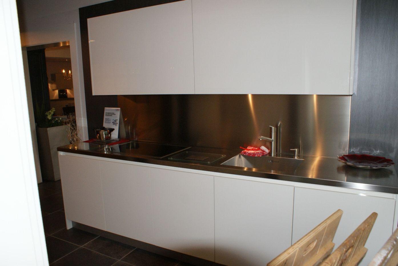 Riviera Maison Keuken Paul Roescher : Keuken Greeploos Of Niet : keukensite van Nederland Luxe hoogglans