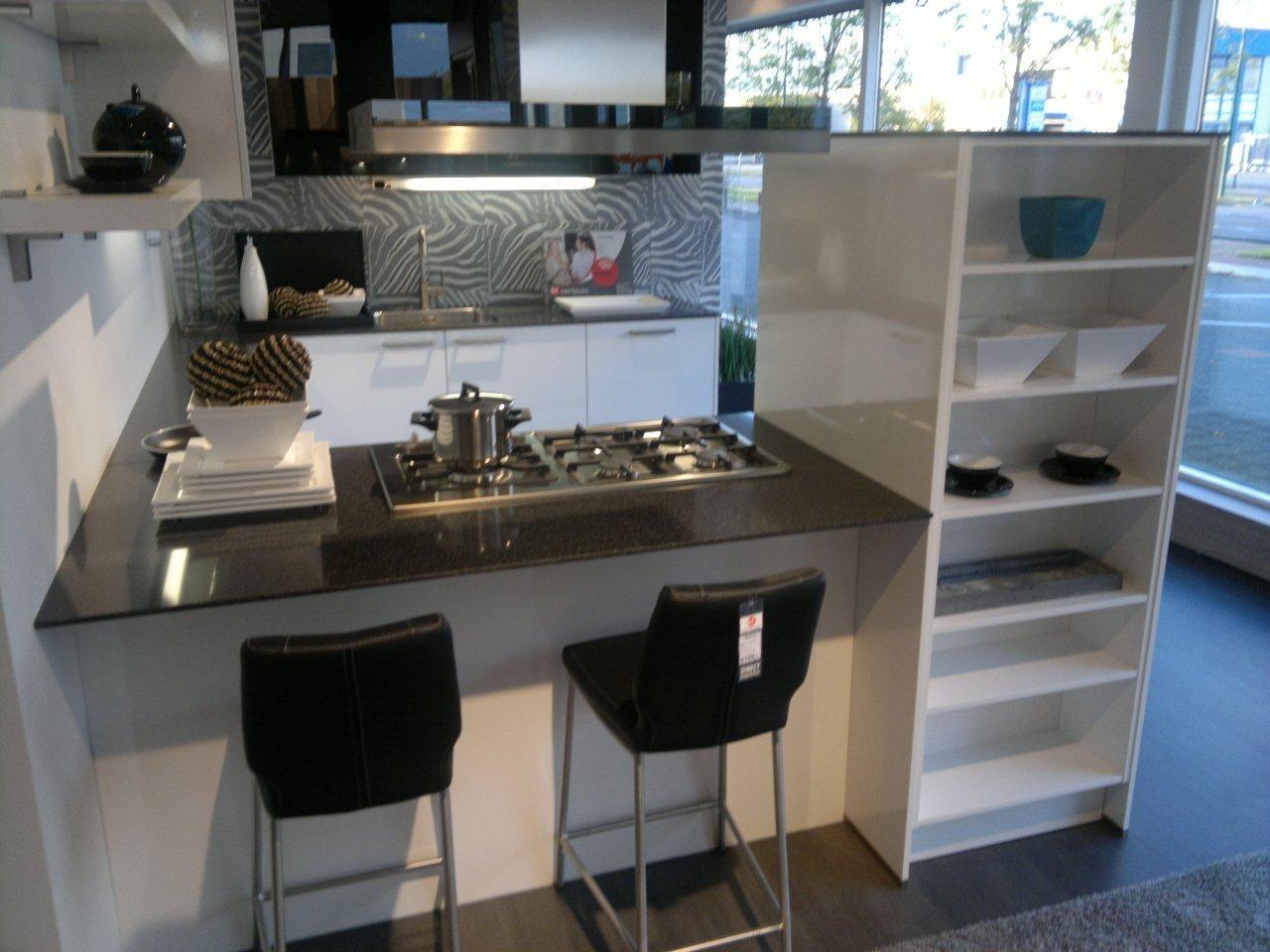 Allergrootste keukensite van nederland moderne hoogglans keuken 45021 - Afbeelding moderne keuken ...