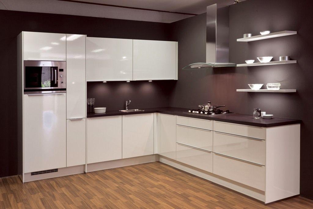 Witte hoogglans keuken - Ontwerp witte keukens ...