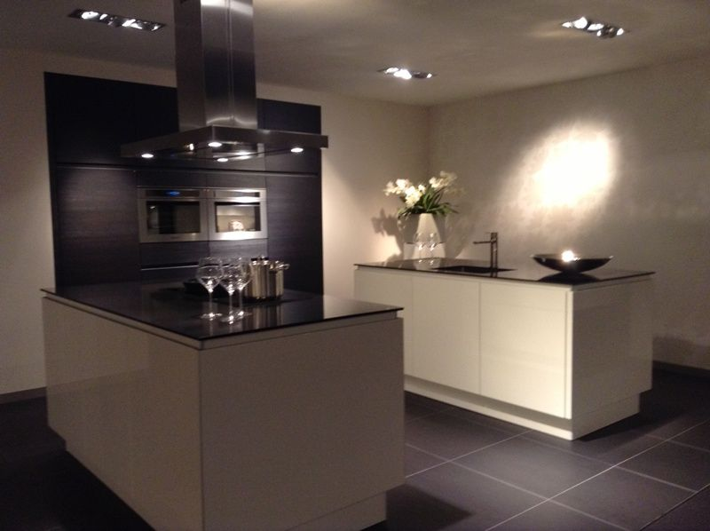 Moderne keuken wit met hout: keukens met hout moderne keuken ...