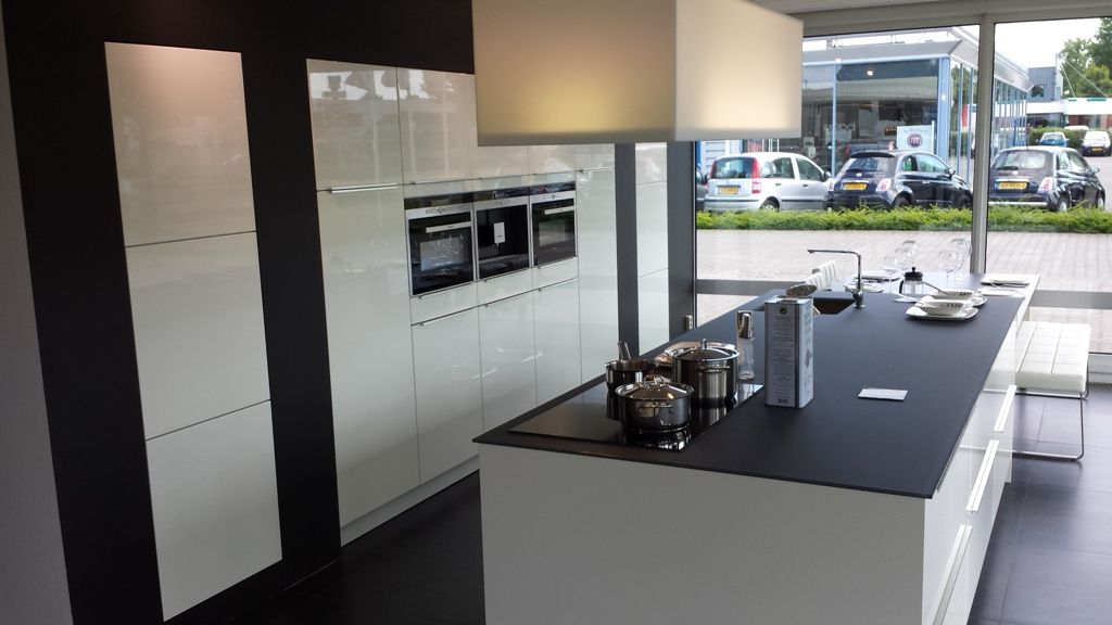 Keuken Met Spoeleiland : keukensite van Nederland Exclusieve hoogglans keuken [43054