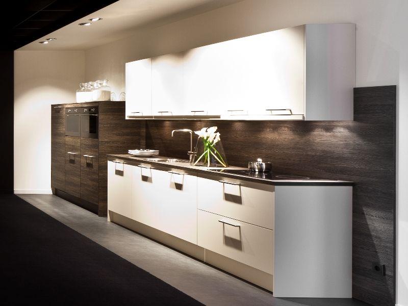 ... keukensite van Nederland  Rechte keuken in wit met eiken [46095