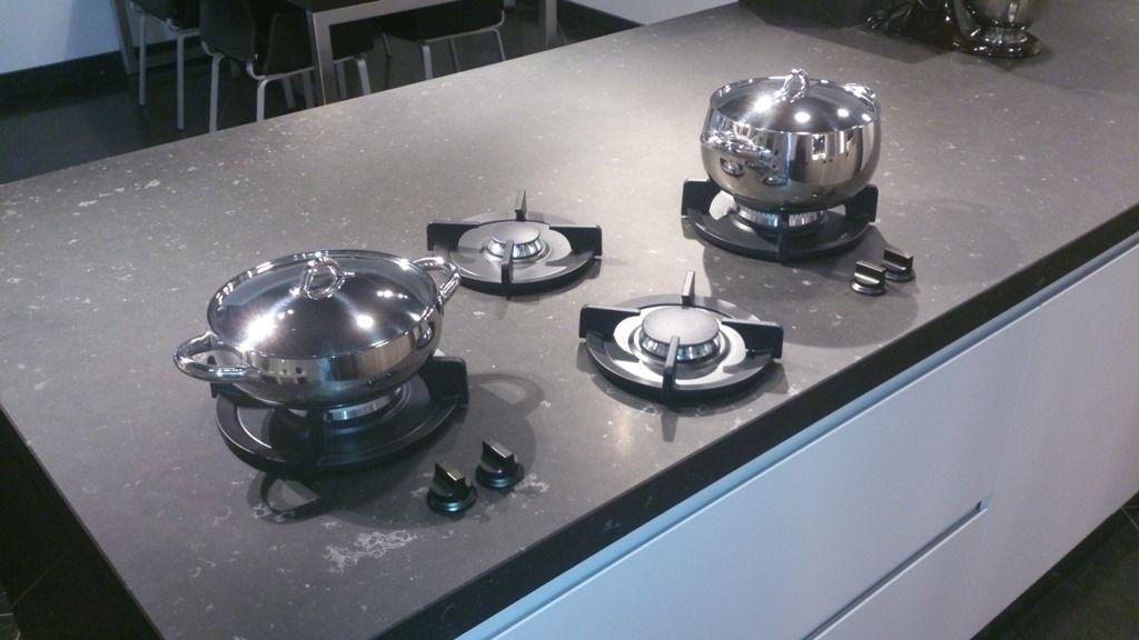Ruw Eikenhout Keuken : keukensite van Nederland Bourgogne + Y-line keuken [49426