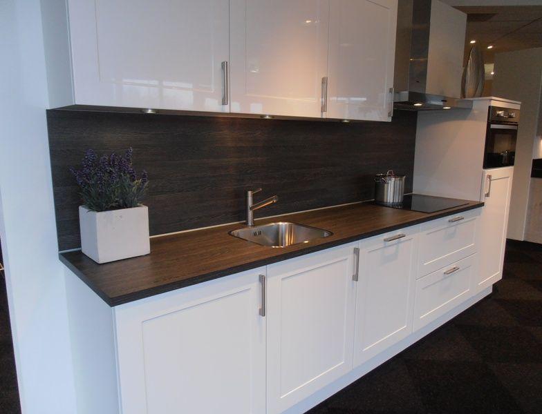 Keuken Greeploos Modern Wit Met Castel Oak : Landelijke Keuken Wit ...