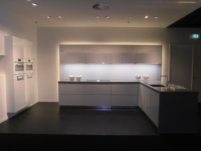 Greeploze Design Keukens : Keukentrack.nl allergrootste keukensite van nederland strakke