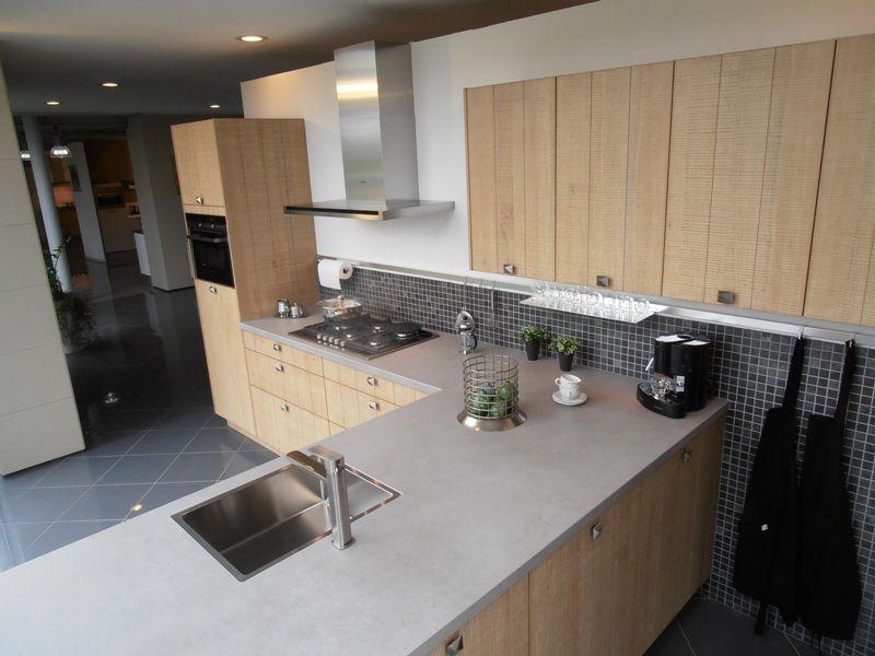 Keuken Eiken Fineer : keukensite van Nederland Landelijke keuken in eiken fineer [53960