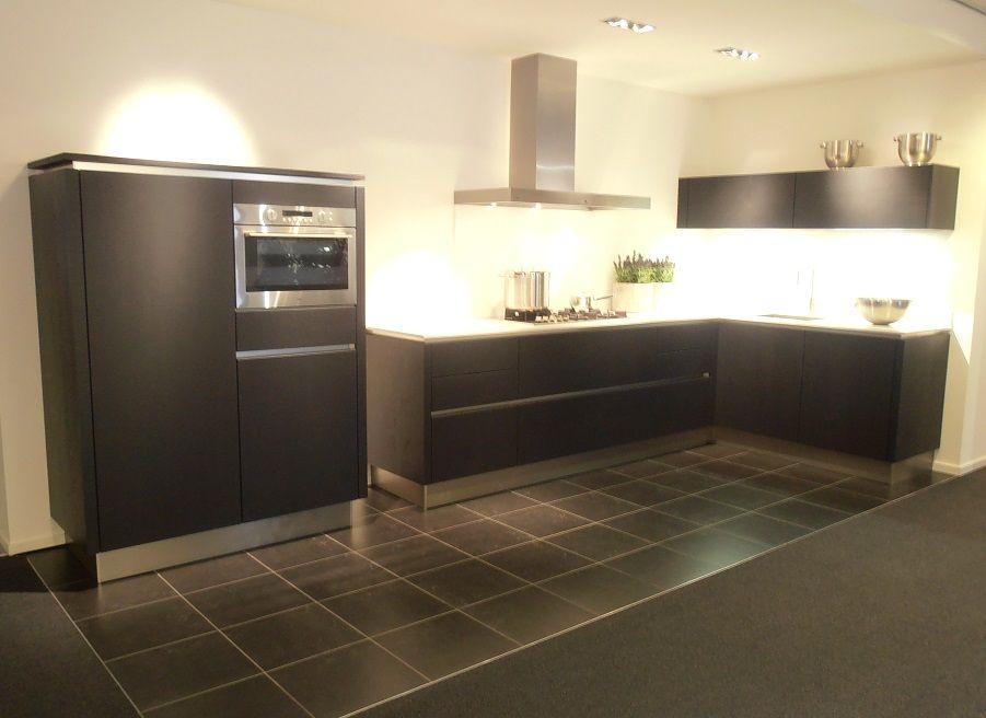Eiland Showroomkeuken Zwart Eiken Rvs Boretti : ... keukensite van ...