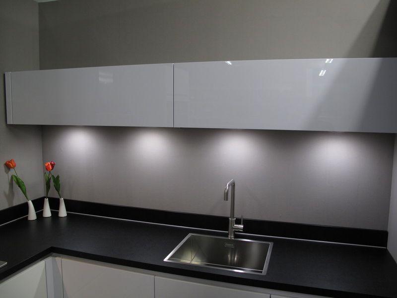 Ultra Moderne Keukens : Keukentrack allergrootste keukensite van nederland ultra