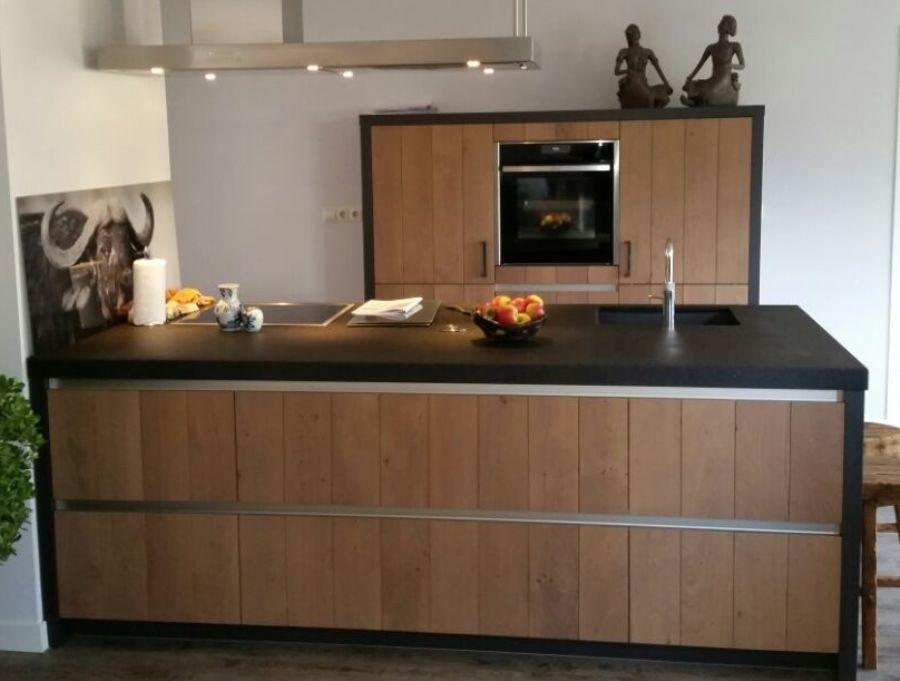 Allergrootste keukensite van nederland massief houten eiland keuken 54214 - Centrale eiland houten keuken ...