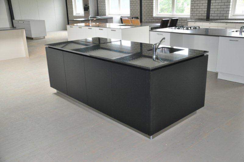 Mat Zwarte Keuken : Mat keuken zwart gehoor geven aan uw huis