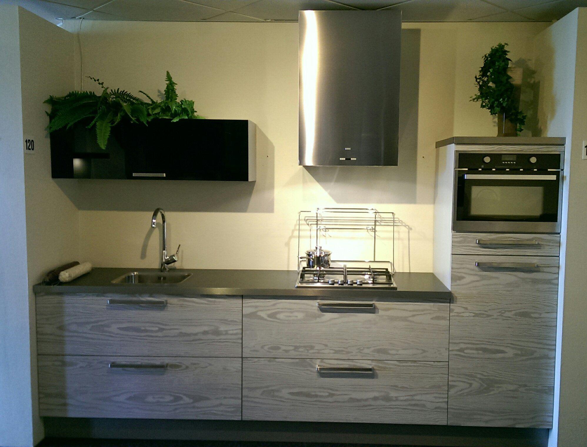Keuken Modern Kleine : L keuken met bar perfect brugmans keuken inrichting decoratie en