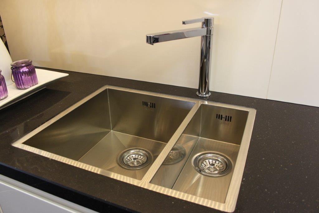 Allergrootste keukensite van nederland moderne keuken greeploos 43963 - Afbeelding van moderne keuken ...