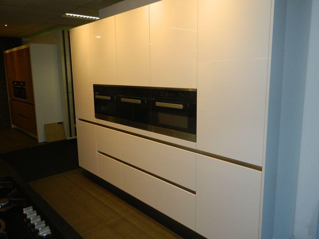 Allergrootste keukensite van nederland greeploze miele keuken 55881 - Afbeelding van keuken amenagee ...