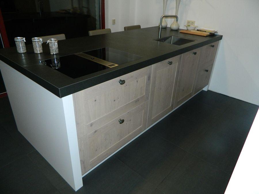 Stoere Keuken Hout : stoere massief houten keuken 55883 deze stoere massief eiken keuken is