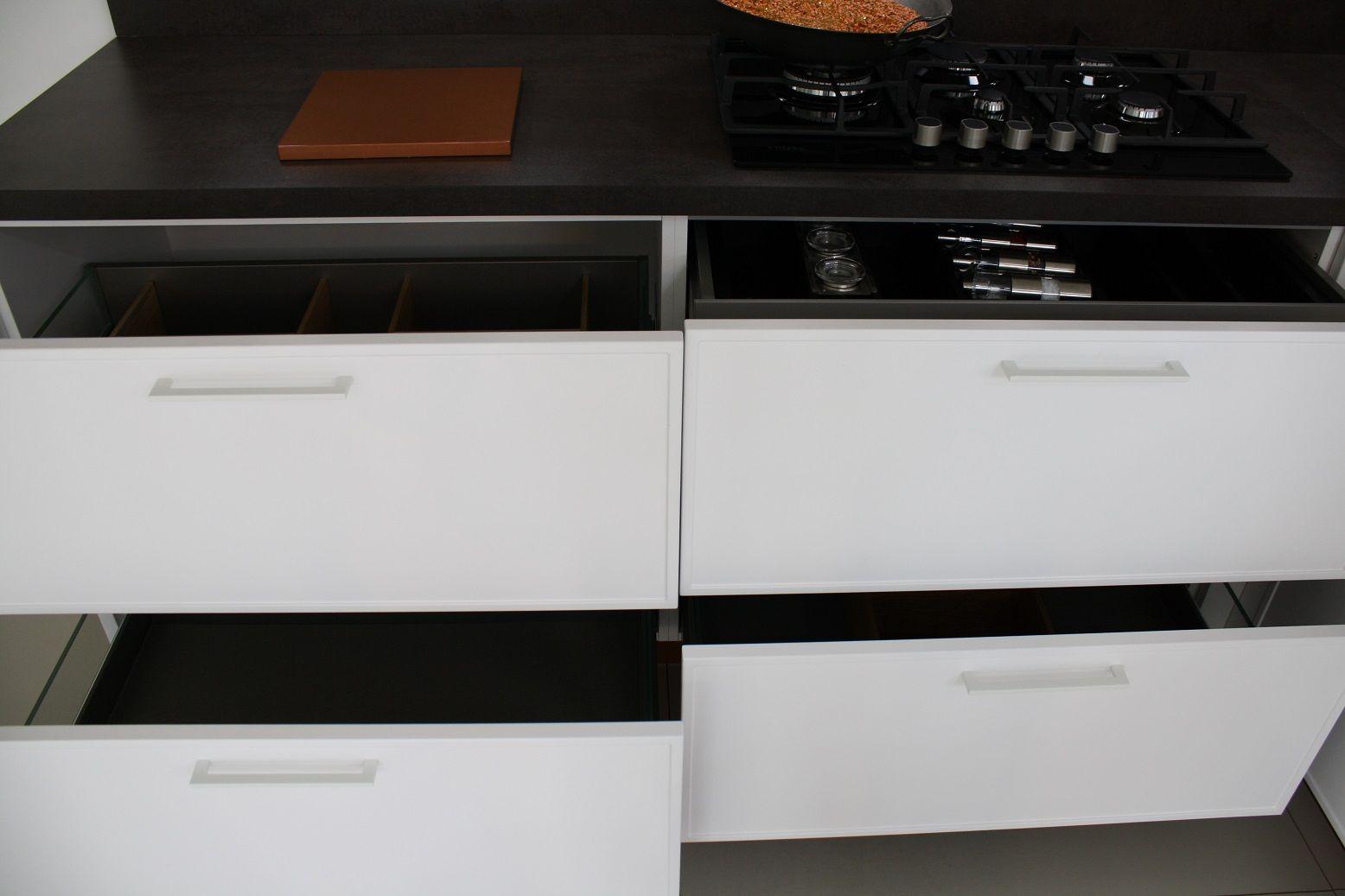 Allergrootste keukensite van nederland moderne keuken 10 6 55272 - Afbeelding van moderne keuken ...