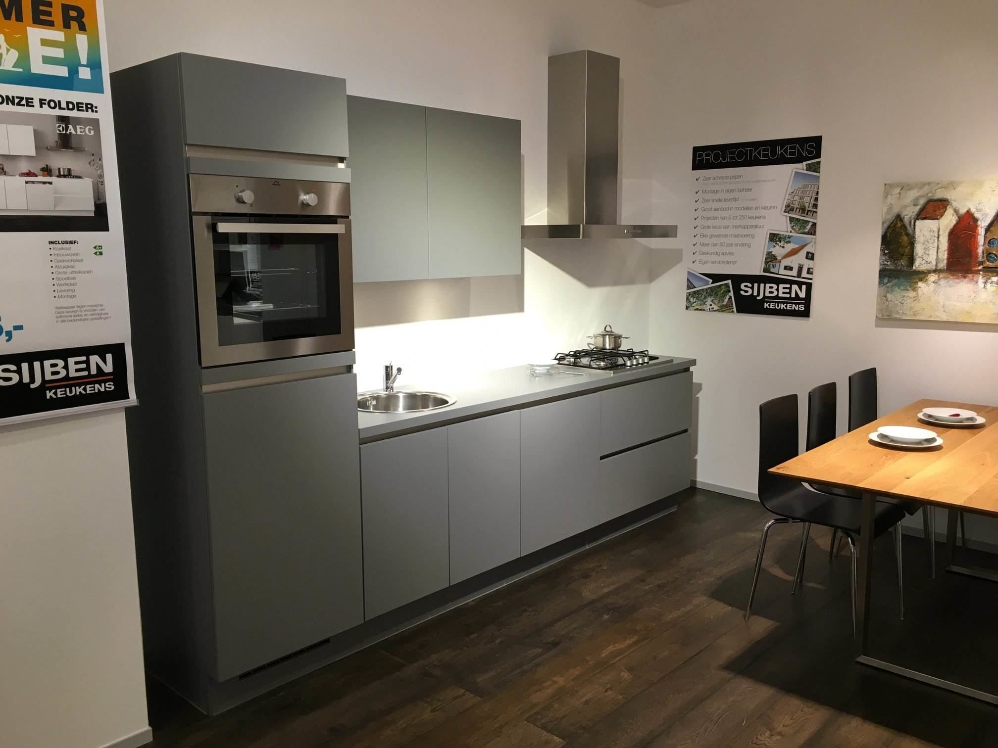 allergrootste keukensite van nederland nobilia laser line n 56581. Black Bedroom Furniture Sets. Home Design Ideas