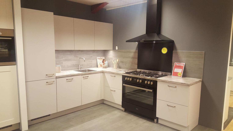 Allergrootste keukensite van nederland keuken 39 van gogh 39 57291 - Afbeelding van keuken amenagee ...
