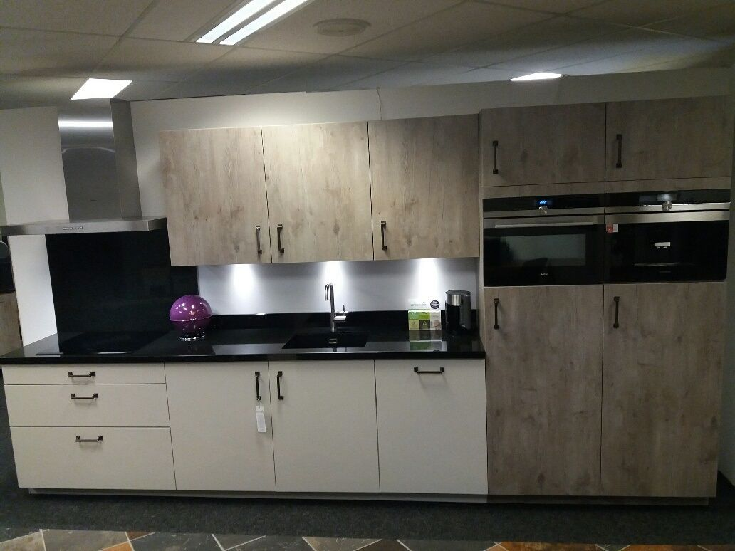 Siemens Keukens Nederland : Keukentrack allergrootste keukensite van nederland moderne